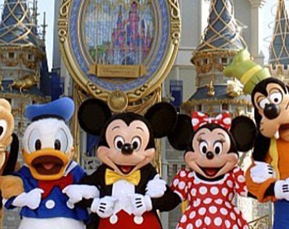 """Everywhere Should be the """"Happiest Place on Earth"""" – What I Learned about Manifesting from a Trip to Disney World"""